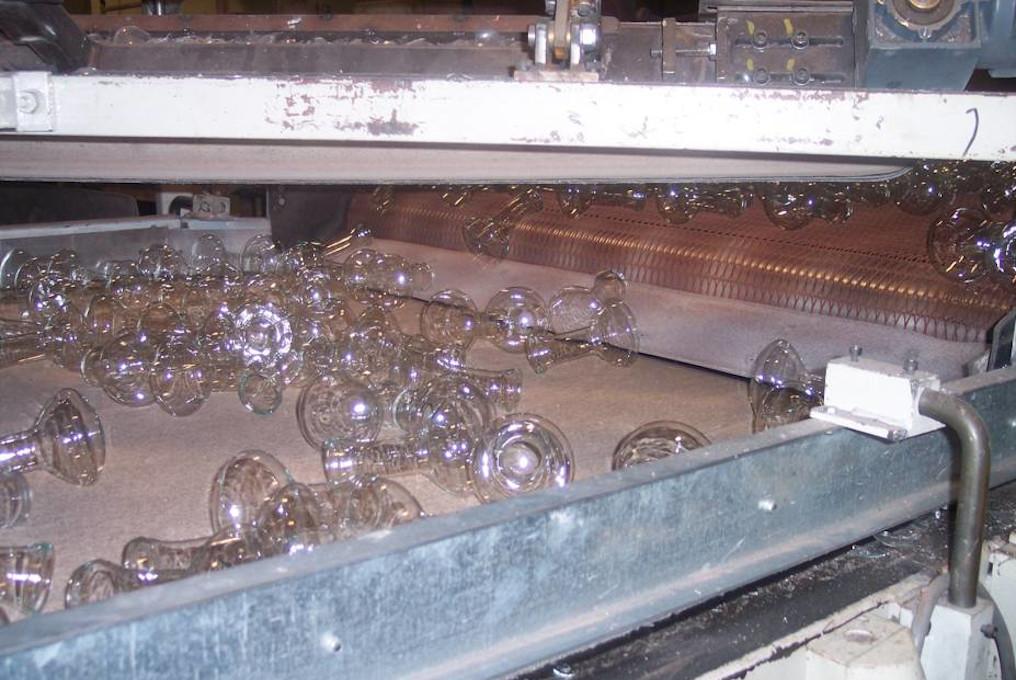 Транспортни ремъци  и термо устойчиви ленти в Стъкларска и Алуминиева промишленост
